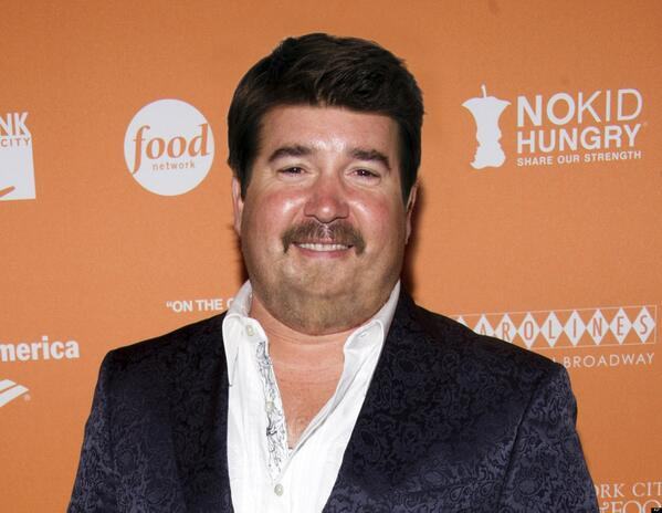 WHAT RT @bochurney: The hell? RT @bflip33: Guy Fieri with normal hair will haunt my dreams for a fortnight. http://t.co/MwLdkdkGw5