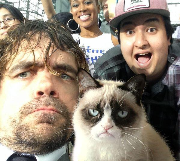 Pic of  the day! Peter Dinklage with Grumpy Cat! http://t.co/dTD8V6LRe7