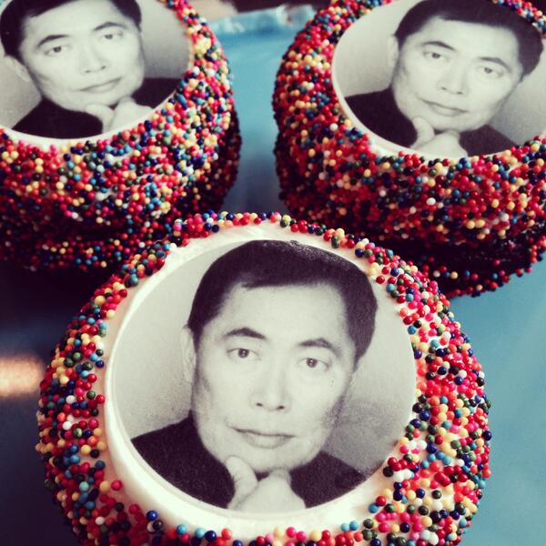 We just couldn't resist making a cupcake in honor or our Grand Marshal @GeorgeTakei! @seapridefest @SeattleOutProud http://t.co/tA9E6nAWBR