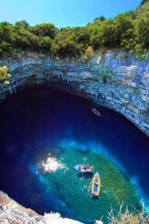 Melissani Cave, Kefalonia, Greece. I just want to float here for the rest of my life. http://t.co/HwAKsZZNg1