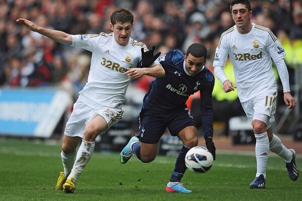 BrOC6FuCEAAjYUD Spurs agree £8m fee with Swansea for left back Ben Davies [Mirror]