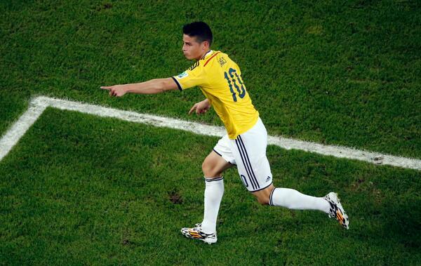 #QuéOrgulloColombia ¿Messi? ¿Cristiano? No, el goleador del mundial se llama James y es COLOMBIANO http://t.co/OyzVCbrVlM