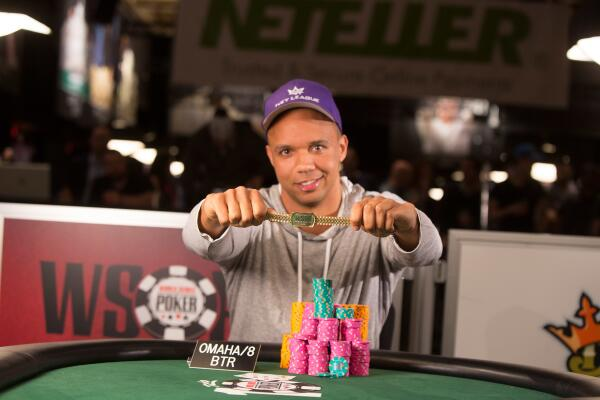 ICYMI, @philivey won his 10th bracelet and plenty of cash: http://t.co/JsOUekMNy4 http://t.co/cN12JEtwgE