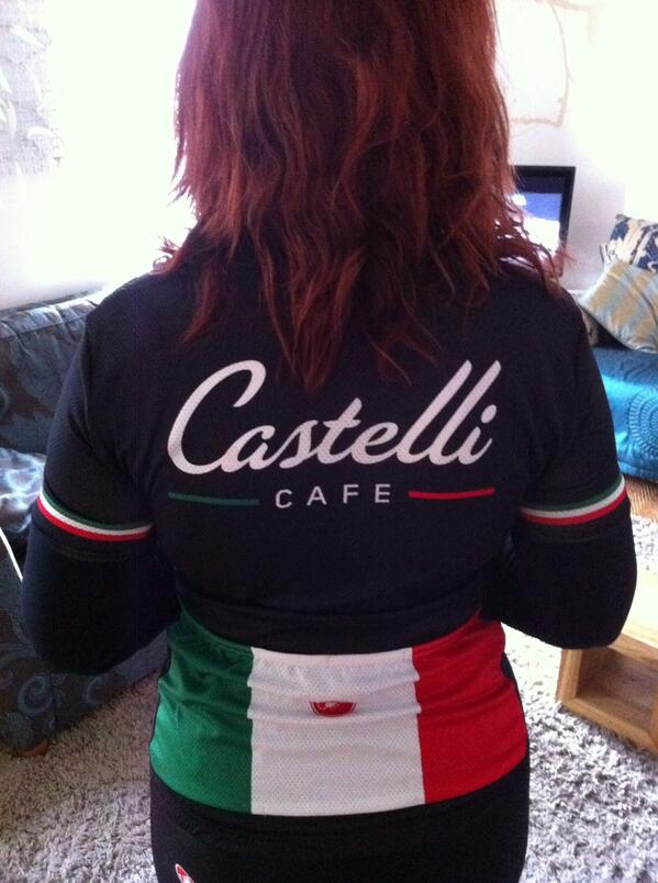 Morning. All ready for the Great Manchester ride rocking the new @CastelliCafe jersey #Manchester #cycling http://t.co/PEaqVKkPAe