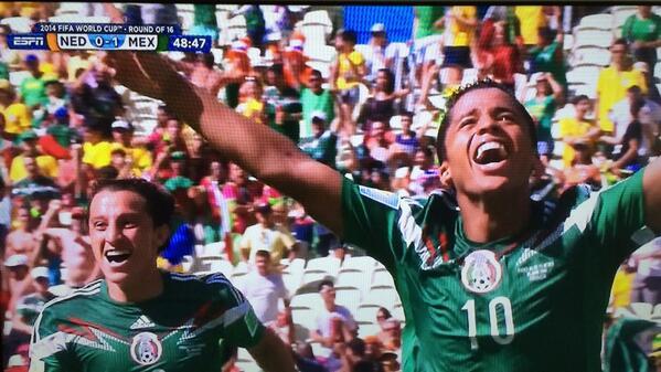 Gooooooooal Dos Santos!!!! Brilliant shot!! #ElTri #MEXvsNED #WorldCup http://t.co/YSthWUXXUi