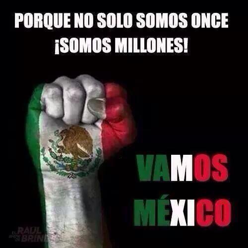 image Si puedes mexicana en faldita mamando verga en la calle