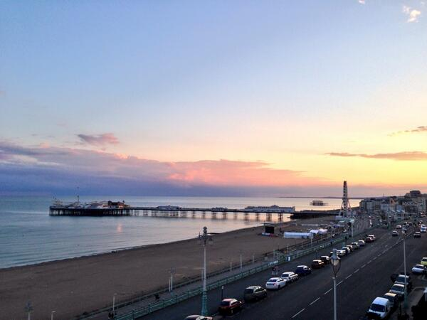 A peaceful end to the weekend on #Brighton seafront http://t.co/FXI8JYS8nX