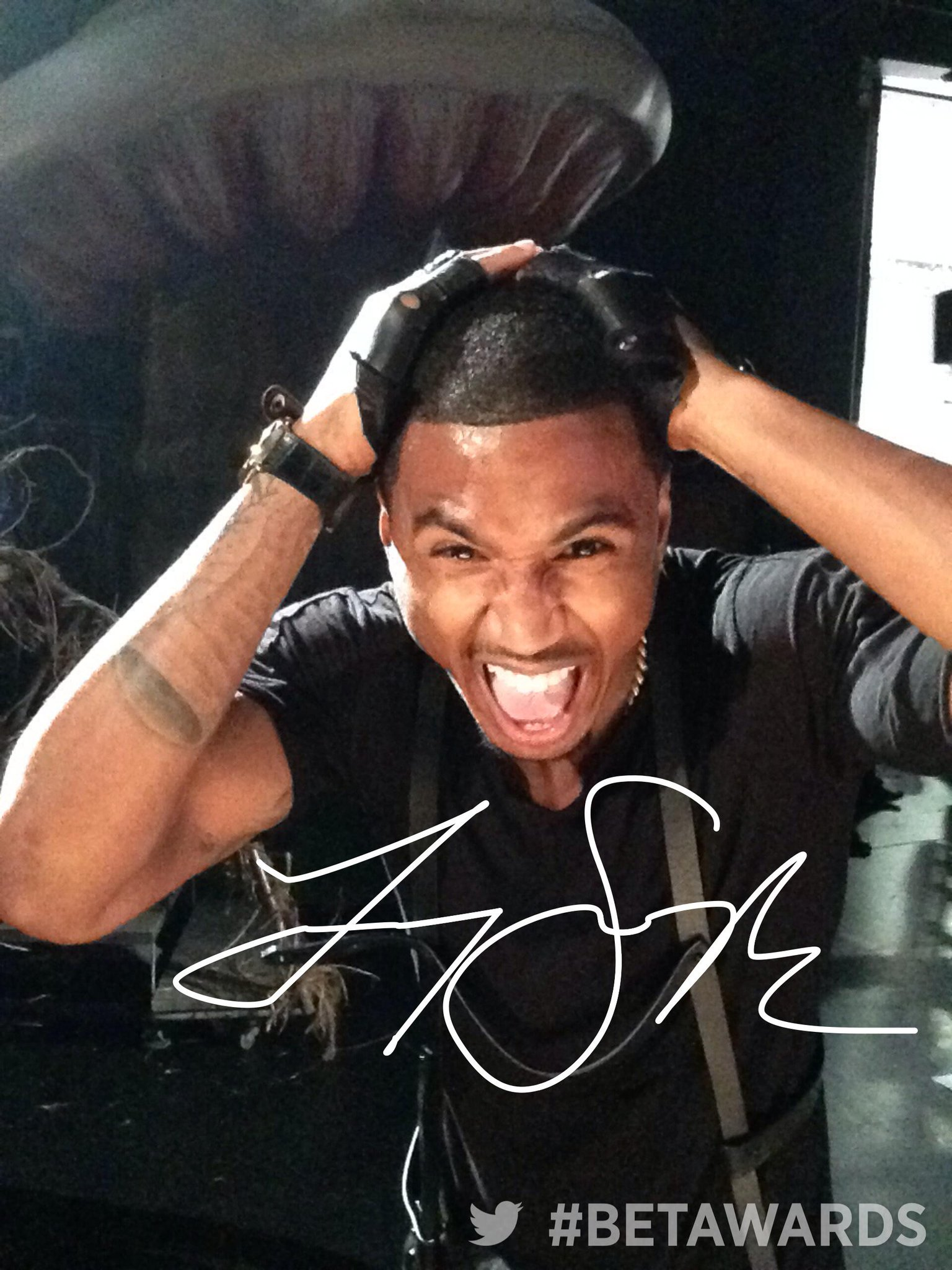 RT @BETAwards: It was so nice to MEET YOU AT #BETAWARDS with @TreySongz http://t.co/9NaehTFeNt