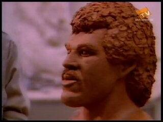 """Never forget that clay model that chick made of Lionel on that """"Hello"""" video http://t.co/OiGhd8cE6d"""