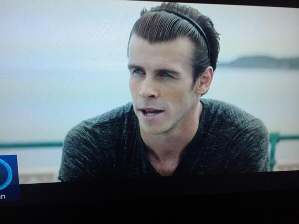"""Football is about making the right decisions"" - that haircut wasn't one of them. #WorldCup2014 #garethbale http://t.co/8GlWx5RIml"