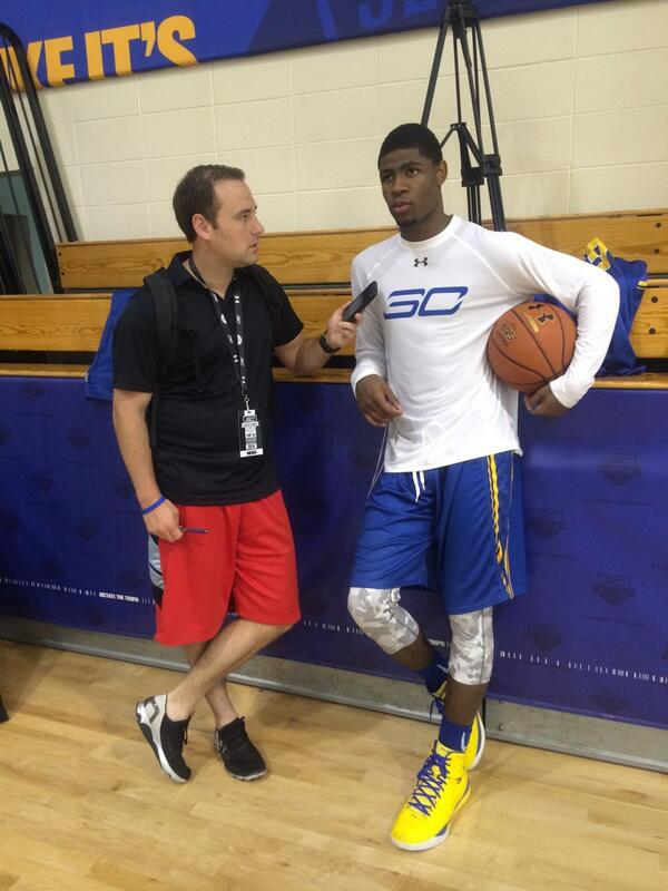 @EvanDaniels interviews @iammaliknewman during break at @StephenCurry30 Select Camp http://t.co/ou8OVQ8tCh