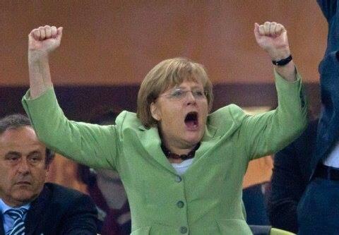 A cara do Platini http://t.co/Qj5ykER0pl