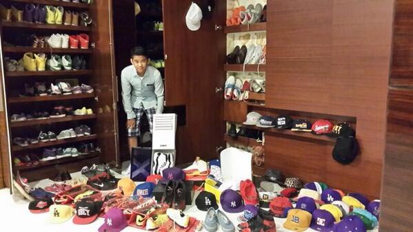 Karel Susanteo (@Karel_Super7): Koleksi sepatu n topi @InboxSCTV_ apa koleksimu yg terbaik guys.. pastinya seru! met puasa ya.. Luv yah!! http://t.co/gxA2awkWBQ