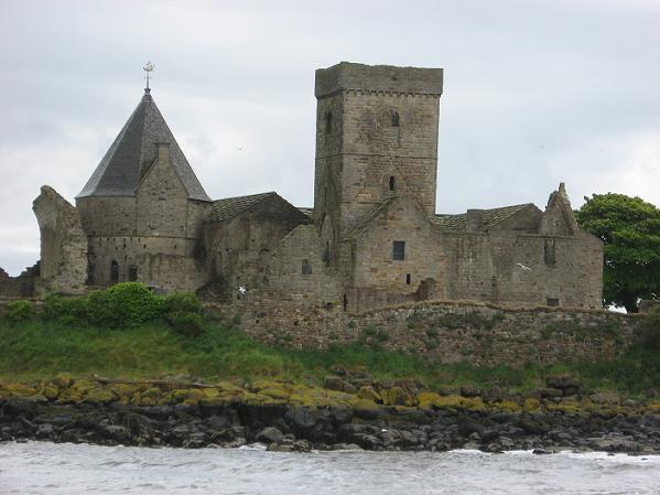 We do like this photo of Inchcolm by @Campbell_G_R! http://t.co/9zFZVHMhPx
