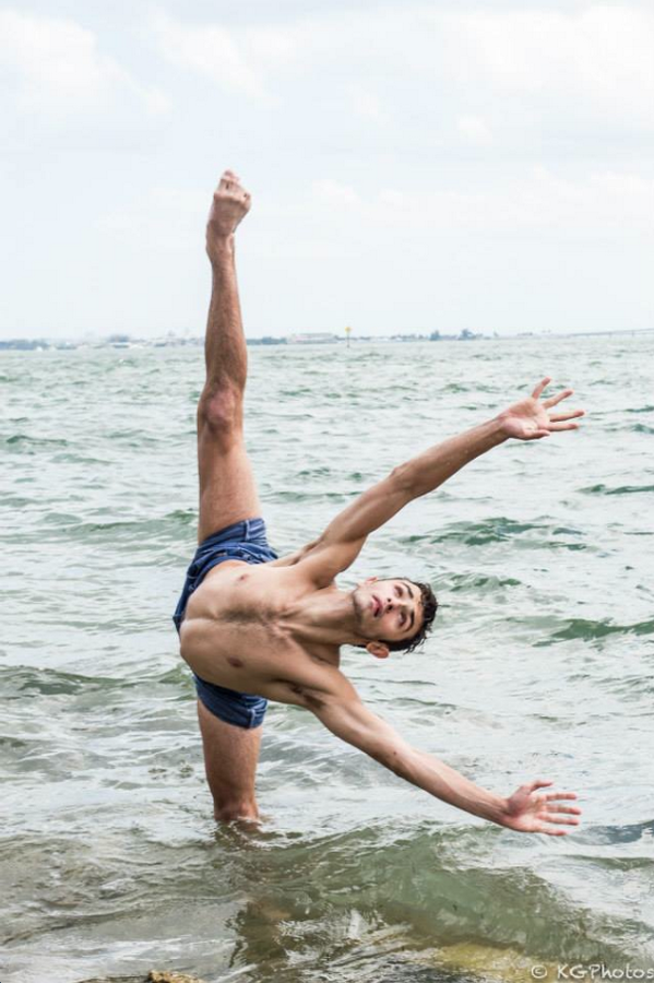 Photo of the day: @RickyUbeda11, @DANCEonFOX Season 11 Top 20. (Photo by Katie Goughan) #tilttuesday http://t.co/ZAmOabdg9j