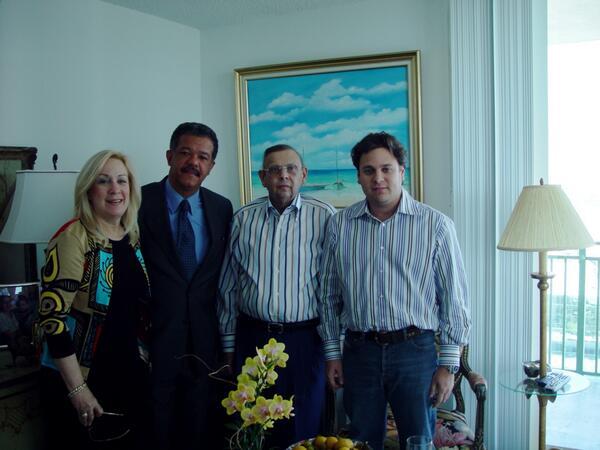 Lealtad siempre ante todo.  @LeonelFernandez http://t.co/WfNo7y5RIL