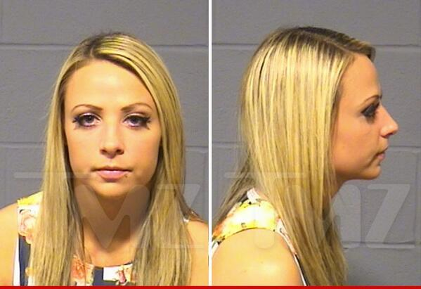 """Diva Emma: ARRESTED for stealing. http://t.co/fdKTqLAVEG http://t.co/x2eSmzXTPB"""" I would ask her to join Crime Time but we don't get caught"""