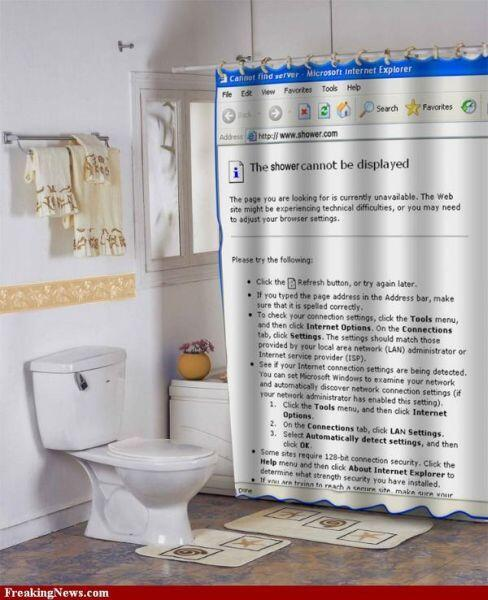 재미있는 샤워 커튼(shower curtain)!  샤워하는 모습이 제대로 디스플레이되면.. 안되죠.. 그렇죠 안되고 말고요 *.*  센스 있는 욕실 아이디어 상품이 참 많은 것 같아요 :) http://t.co/koNDe83E7T