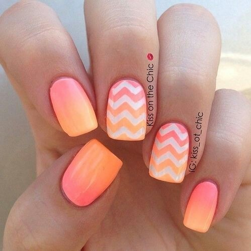 This nail art is so beautiful 😍 http://t.co/oSIFqyoKbP