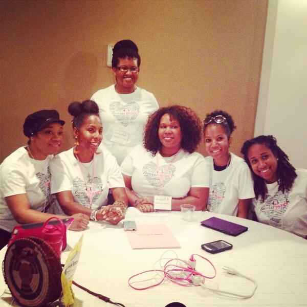 Some bawse ladies from around the country volunteering w @blackgirlscode in #NOLA #NOLAtech #yeswecode @essencefest http://t.co/pgQ6Opeq67