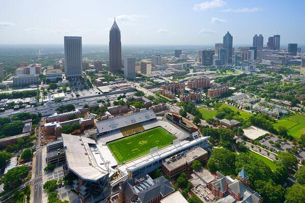 #GaTech fans will like this aerial photo of Bobby Dodd Stadium taken by @davidkosmos - a really talented photographer http://t.co/LLu95R4tdv