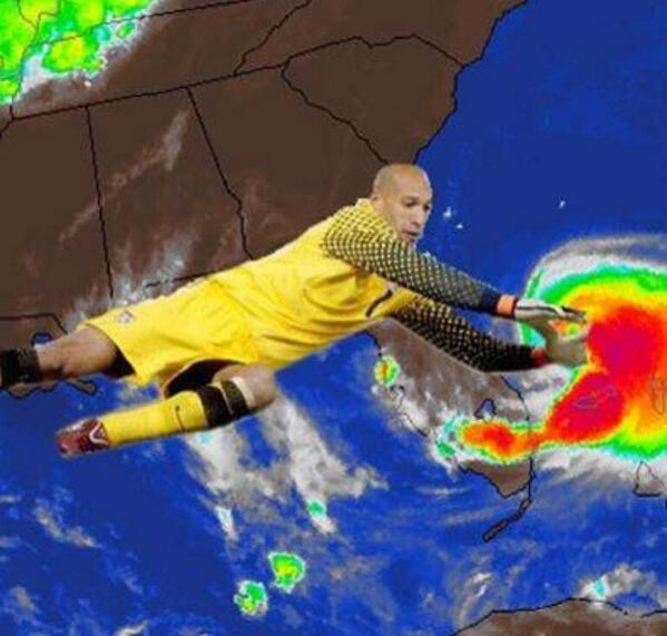 AMAZING lol. RT @28storms: Tim Howard giving it his all to keep #Arthur away from the U.S. RT @ericfisher: #USA http://t.co/mZn9dQ7M5h