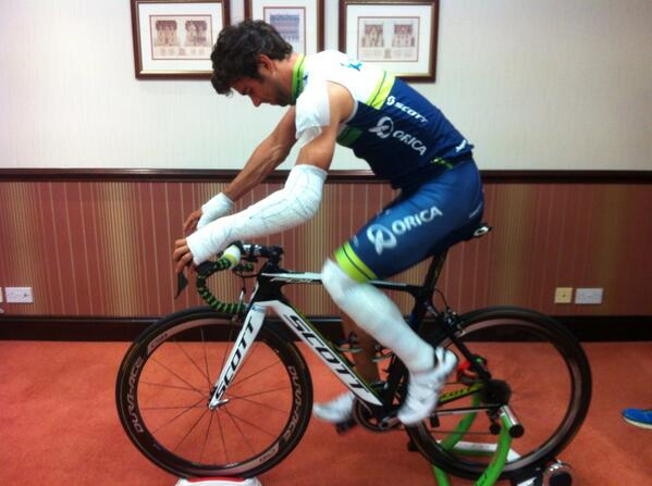Heavily bruised @blingmatthews still in doubt for his #TDF debut. Fingers crossed. http://t.co/Yy5SCW5pLV