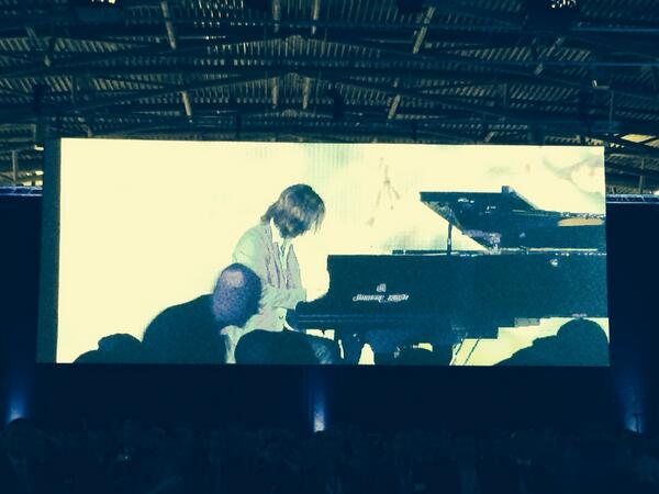 Incredible! @YoshikiOfficial playing live at Salesforce1 World Tour Munich before the @benioff keynote #salesforce http://t.co/3Ji0YcTD4s