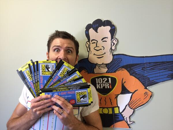 Look what came in the mail today... Lots of ways to win #SDCC passes here - http://t.co/sa0OQmx4JQ http://t.co/DIvV7jxja6