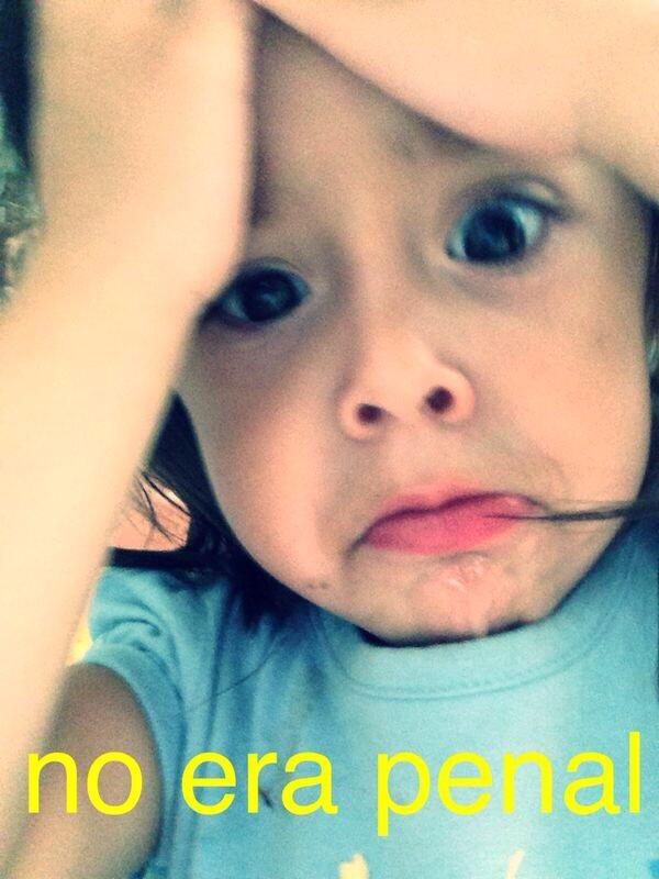 Arturo Vargas Rios (@LosPrimosArturo): Bueno yaaaaa basta superadooo....pero dice mi sobrina q #NoEraPenal hahaja http://t.co/qxm3mNJVIz