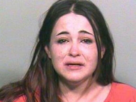 Detenida una mujer en EEUU por llamar 77.000 veces a su novio http://t.co/m7Wo1LcSLo #LindaMurphy http://t.co/DsLiT8vZf6