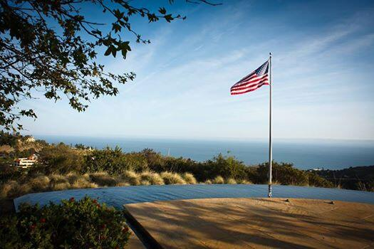 Happy 4th of July from Pepperdine! #4thofJuly http://t.co/WuWb1F4bkh