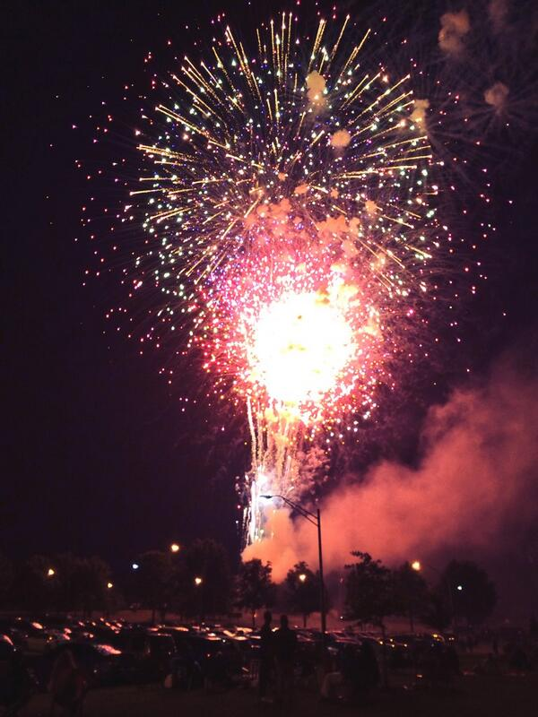 Florissant, Missouri always has the best fireworks display! So honored to be from this beautiful city. #Florissant http://t.co/ScGJYaxmtq