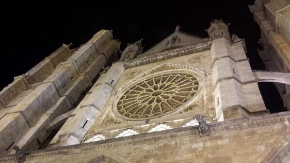 The amazing cathedral of León,  #Spain.  And what an awesome town! #ttot http://t.co/wAQB62GA5d