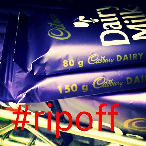 So did anyone else notice the @Cadbury #ripoff the 90g bar is now 80g and the 180g bar is now 150g http://t.co/3ssG2rU1OH
