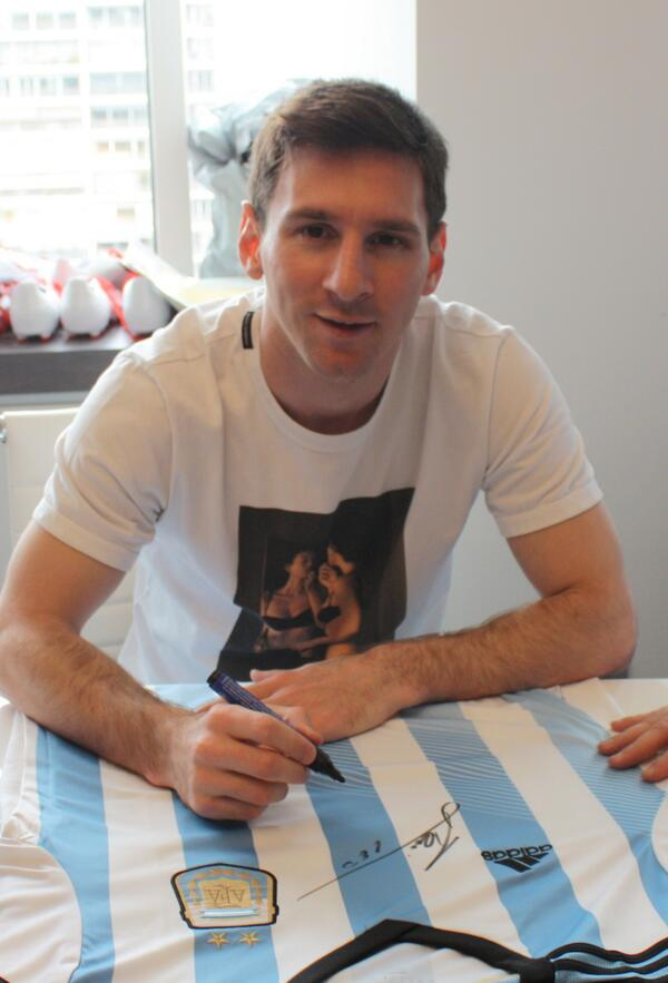 Celebrating 5 years here RT and LIKE our FB for a chance to win a signed Messi shirt #ARGvsBEL http://t.co/J825dIzSgq http://t.co/aOXcyPYEmX