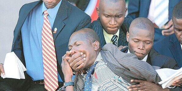 http://t.co/xyZdbemGHF RT @RamzZy_: Paul ni Kagame ka PS3 ama ka Xbox?