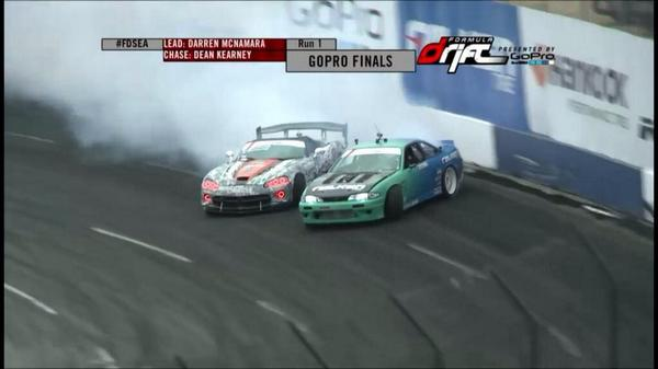 Hey @RalphGilles it's back on Top! I put the @Dodge @driveSRT Viper on the podium @FormulaDrift Seattle! #TeamKarnage http://t.co/kfRBaSLF9m