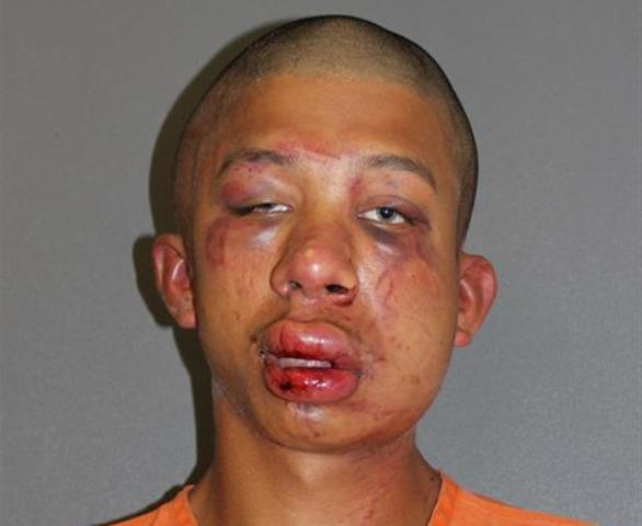 POLICE: Father beats man unconscious after he caught him sexually abusing his 11-year-old son: http://t.co/ISte6N4MIo http://t.co/lKd2YMvZdq