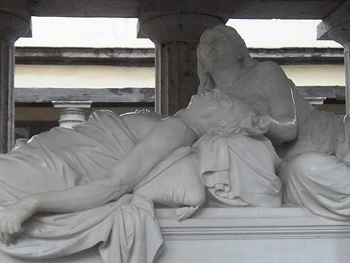 ¿Sabes en qué panteón de la #CDMX descansan los restos del Presidente Benito Juárez? @TurismoCDMX http://t.co/elxStFGoO0