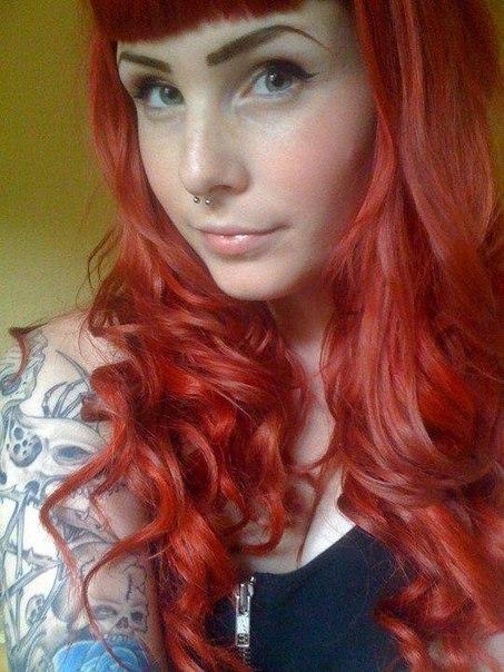 Photo: #inkedgirls #girlswithtattoos #altgirls #alternativegirls #sexy @PornoBrazil @RTFamously #altgasm http://t.co/W5iK5xEK4N