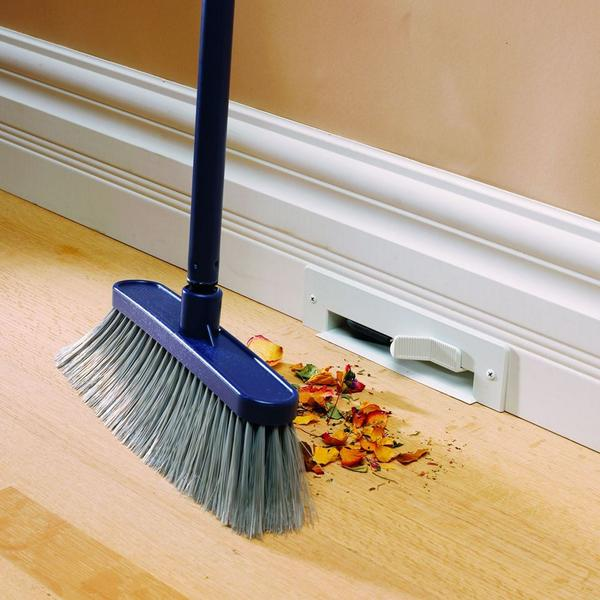 This is ridiculously clever: Vacuum baseboards so you don't have to deal with dust pans. http://t.co/y79hTlTUxb