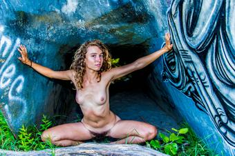 4 pic. More of the #hairygoddess Thistle. Sexy #hirsute woman in the alien ship at the #nudebeach. http://t