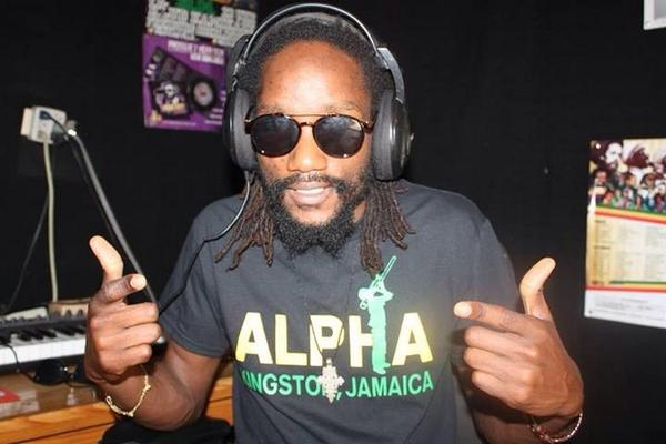 @Kabakapyramid repping in his @AlphaWearJA shirt. Get yours in support of @alphaboysschool! #AlphaReggae http://t.co/7DwULvkOCu
