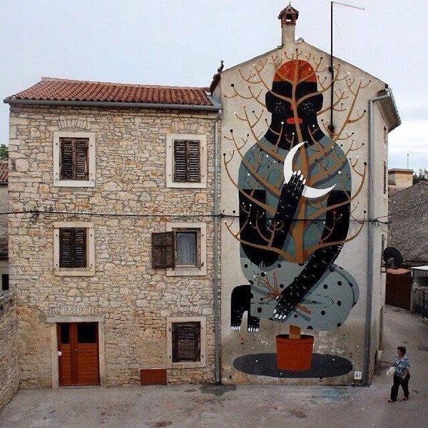 Artist 'Agostino Lacurci' new large scale Street Art mural located in Vodnjan, Croatia   #art #mural #streetart http://t.co/iFIKbaJBSm