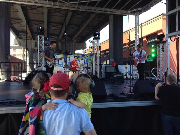 Landlines just started at @pdxpopnow. Head down, east side under Hawthorne bridge. All day/night. Bring the kids! http://t.co/xomAd18Q3o