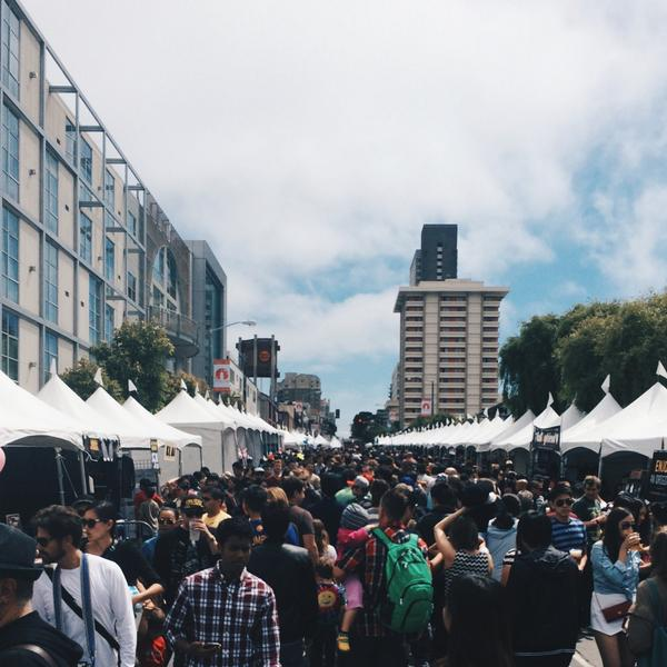 I hear they serve ramen at this massive Line Festival. Never ending lines #ramenfestival http://t.co/luDWRuRTnv