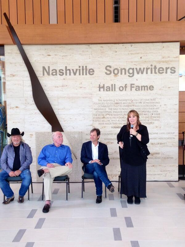Look who's going into the Nashville Songwriters Hall Of Fame!!! @gretchenpeters http://t.co/jE4ZrqtZBQ