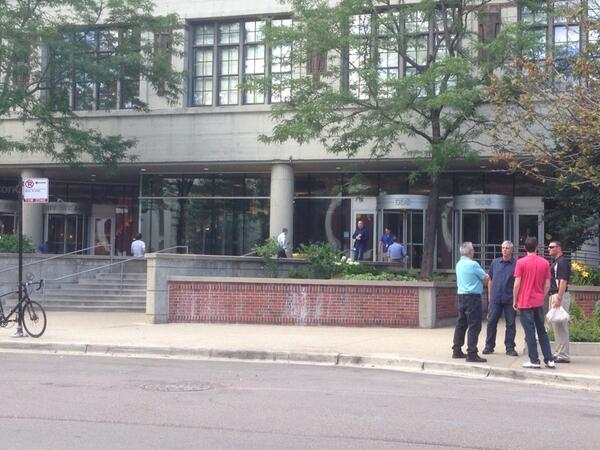 What happened to our zone at @600WestBuilding ? @ChicagoBACP @RahmEmanuel @GrouponChicago @lightbank @MobileCuisine http://t.co/Wj1qvUqR3J