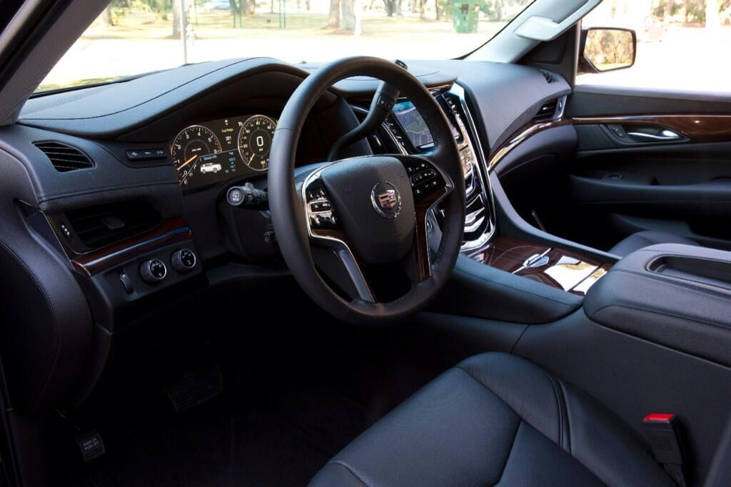 The textures of taste. Experience the next generation 2015 #Escalade interior. http://t.co/gQ63njw5Su